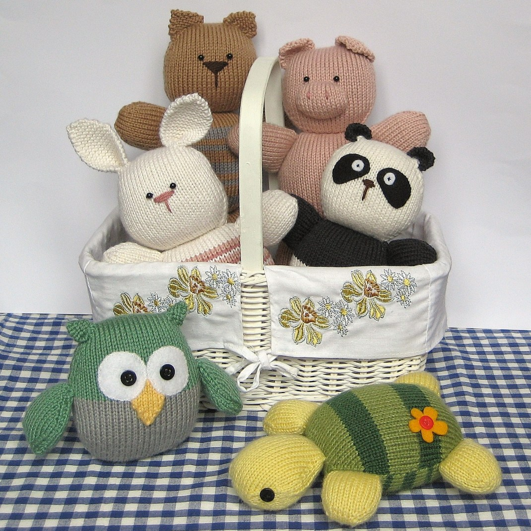 Squidgy Friends - Barney Owl, Candy Rabbit, Oreo Panda, Penny Pig, Pudding the Cat, Topsy Turvy Turtle
